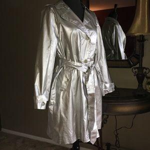 Dennis Basso Designer Silver Raincoat / Trenchcoat